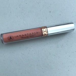 Anastasia Beverly Hills Makeup - New Anastasia liquid lipstick in Ashton!